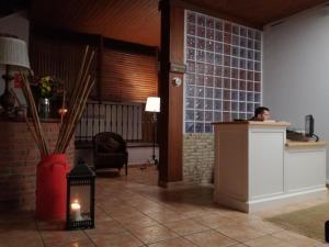The lobby or reception area at Hotel Rural Cuartamenteru