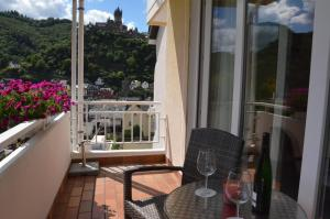 Een balkon of terras bij Flair Hotel am Rosenhügel