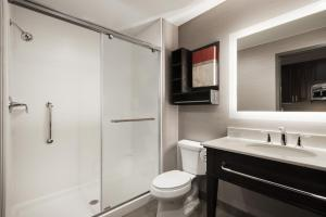 A bathroom at Homewood Suites By Hilton Milwaukee Downtown