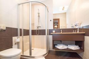 A bathroom at Hotel Szafran