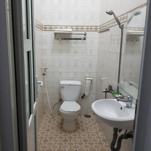 Phòng tắm tại Bac Huong Hotel
