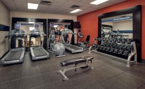 The fitness center and/or fitness facilities at Hampton Inn & Suites Milwaukee Downtown