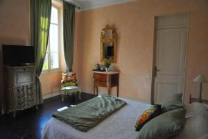 A bed or beds in a room at Villa Valflor