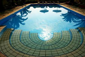 Πισίνα στο ή κοντά στο Kelyfos Hotel