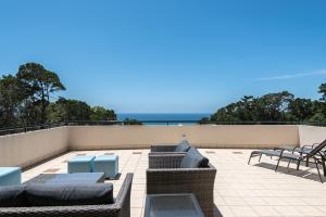 A balcony or terrace at Ocean Break Coolum