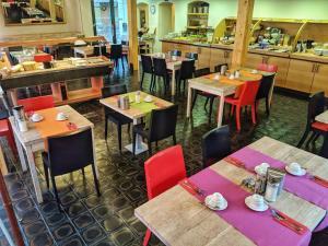 Restaurace v ubytování Hostel Lípa - Továrna