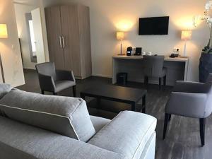 The lounge or bar area at Fletcher Hotel-Restaurant de Witte Brug