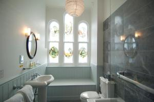A bathroom at Beechfield House