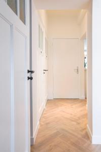 A bathroom at Maison BON Apartments