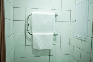 A bathroom at Hotel Vostochnaya