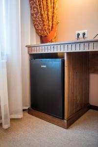 A kitchen or kitchenette at Hotel Vostochnaya