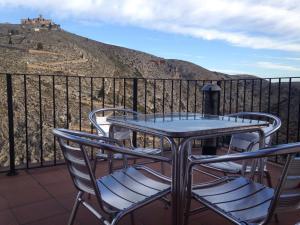 Un balcón o terraza de Casa Rural La Llar de Laura