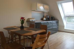 A kitchen or kitchenette at Im Grüntal