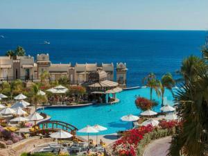 Вид на басейн у Concorde El Salam Sharm El Sheikh Front Hotel або поблизу