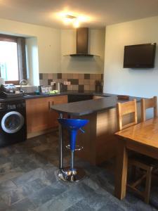 A kitchen or kitchenette at 24 Queen Street