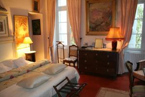 A seating area at Chateau de Raissac