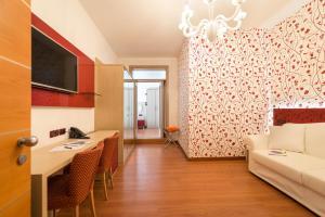 TV o dispositivi per l'intrattenimento presso Hotel Villa Angelina