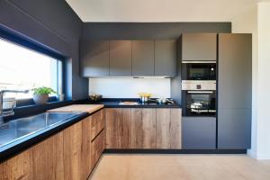 A kitchen or kitchenette at Villa Contessa