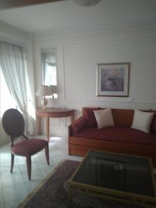 A seating area at Natassa Hotel