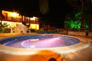 The swimming pool at or near Flat Vento Sul