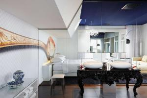 A bathroom at Andaz Amsterdam Prinsengracht - a concept by Hyatt