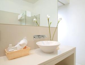 A bathroom at Ara Hotel Comfort