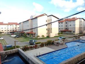 The swimming pool at or near Apto a 200m da Praia, condomínio clube