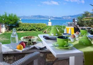 Επιλογές πρωινού για τους επισκέπτες του Aeolis Apartments & Studios