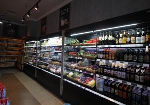 Супермаркет или другие магазины в апартаментах/квартире или поблизости