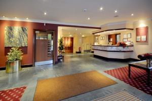The lobby or reception area at Caladh Inn