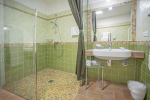 Ein Badezimmer in der Unterkunft Agriturismo Cjargnei
