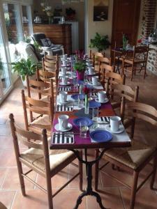 Restaurant ou autre lieu de restauration dans l'établissement La Grande Mare