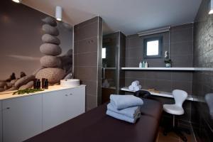 A bathroom at Migjorn Ibiza Suites & Spa