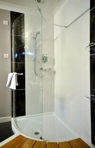 A bathroom at Banff Springs Hotel