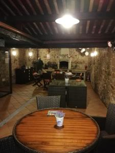 Un restaurante o sitio para comer en Casa Noelmar