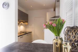 Een keuken of kitchenette bij Strandzand
