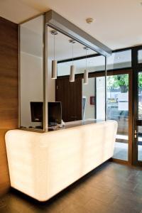 Lobby/Rezeption in der Unterkunft Basic Hotel Innsbruck