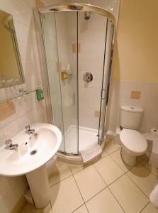 A bathroom at The Sleepwell Inn
