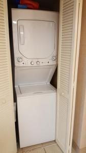 A bathroom at JeffsCondos - 3 Bedroom - Breakers Resort