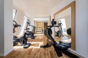 The fitness center and/or fitness facilities at Seeko'o Hotel Bordeaux