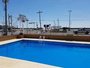 The swimming pool at or near Newport Beach Resort