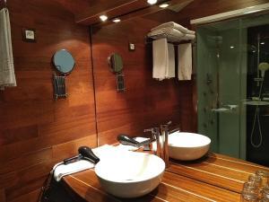 Salle de bains dans l'établissement Hotel De La Mer