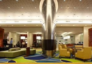 The lobby or reception area at Marriott Montreal Airport In-Terminal Hotel