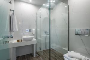 A bathroom at Diamond Village & Suites