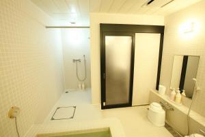 A bathroom at Capsulevalue Kanda