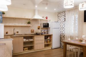 Кухня или мини-кухня в Хостел Успенский Двор