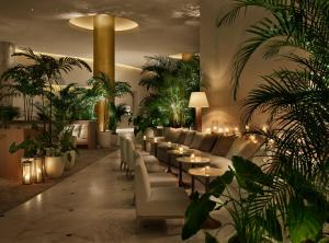 A restaurant or other place to eat at The Miami Beach EDITION