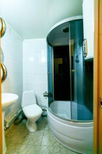A bathroom at Beliy Parus Hotel