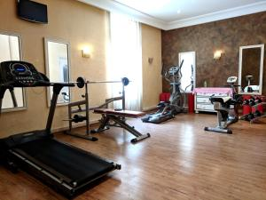 The fitness center and/or fitness facilities at Majestic Hotel