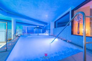 The swimming pool at or near Hotel Norat Marina & Spa 4* Superior